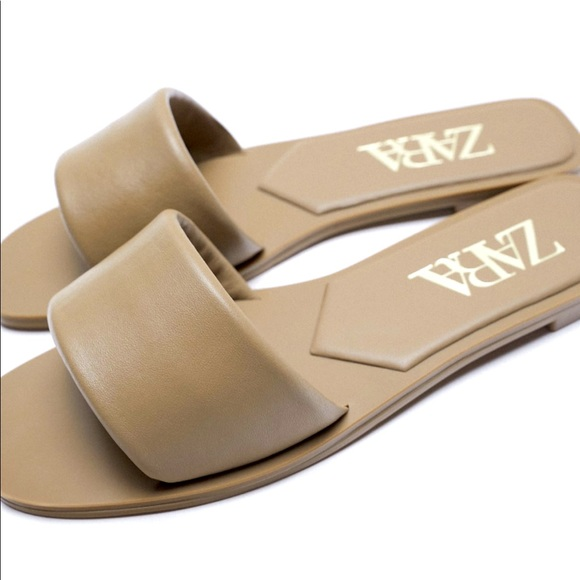Zara. Flat padded genius leather sandals.